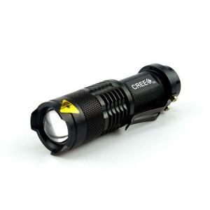 TMTOR007 Linterna led 3 w xon zoom . Alta calidad: antigolpes, resistente al agua. Incluye pila AA