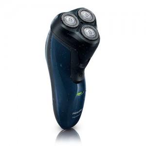 AT620 Afeitadora Philips recargable con cortapatillas. Permite afeitado humedo o seco , solo funciona a bateria